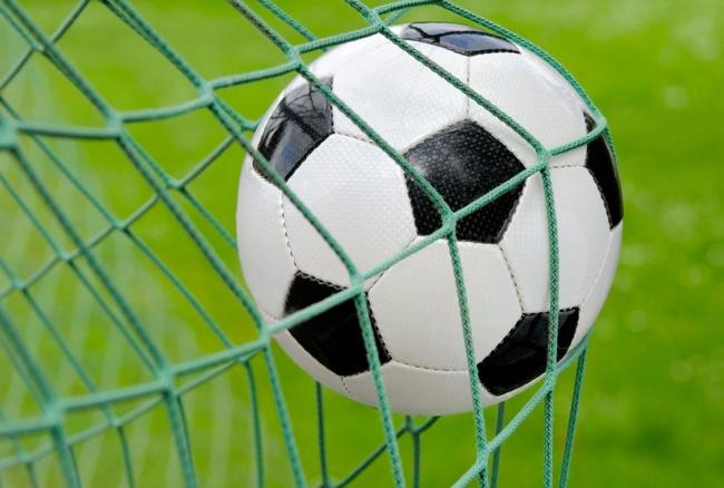 31768 Футбольная команда из Зари сыграет дома с финалистом Лиги Европы