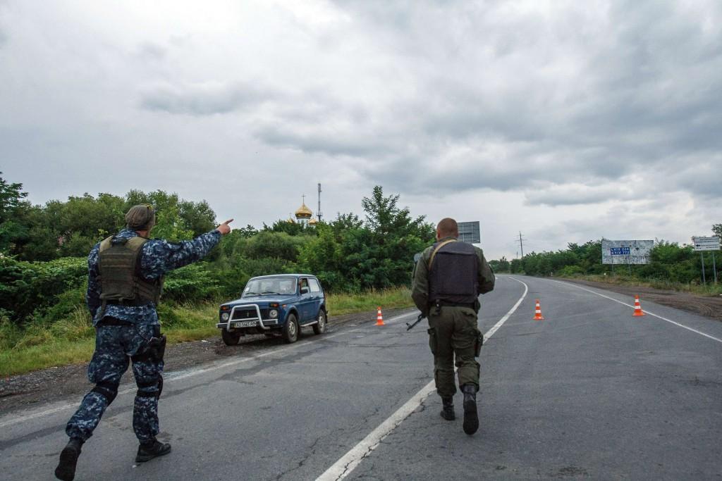 Противостояние в Мукачево: заложник, переговоры и разгон таможни