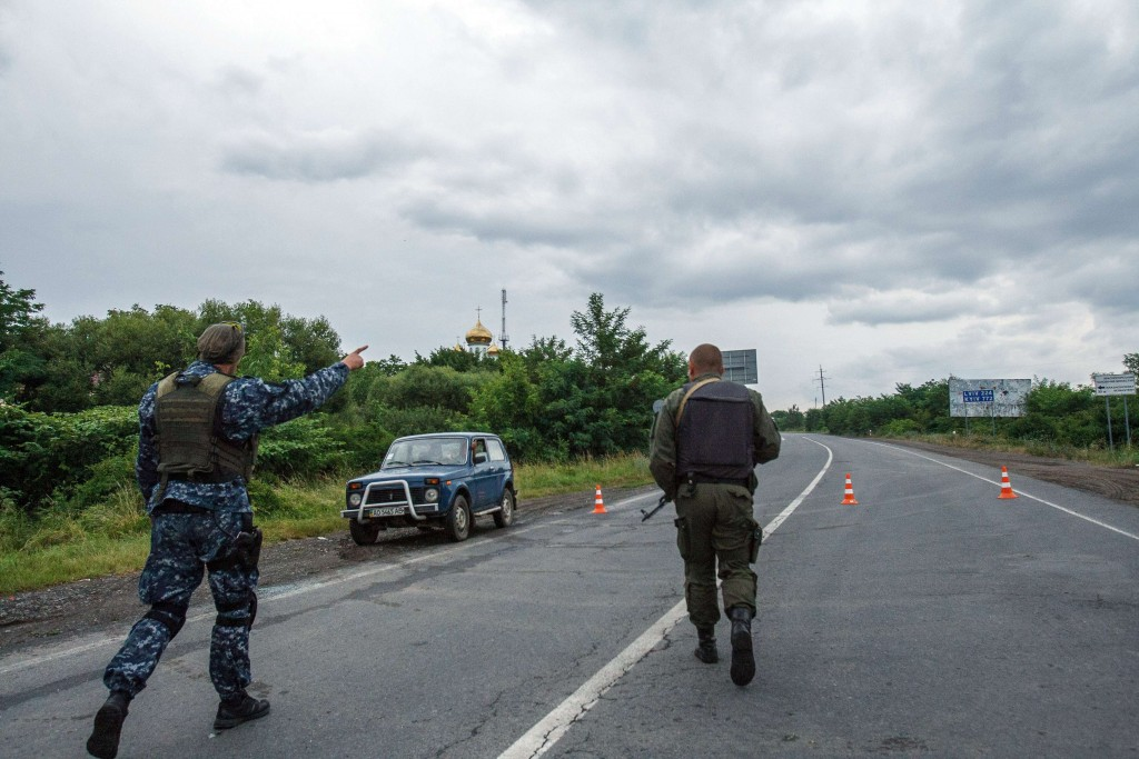 689235-01-08_01-1024x683 Противостояние в Мукачево: заложник, переговоры и разгон таможни