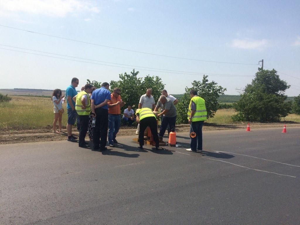 8421fff5197c585edc48020526c8a75f326889807441e5976babd00774785a37-1024x768 Комиссия из облсовета проверила качество ремонта дорог в Измаильском р-не