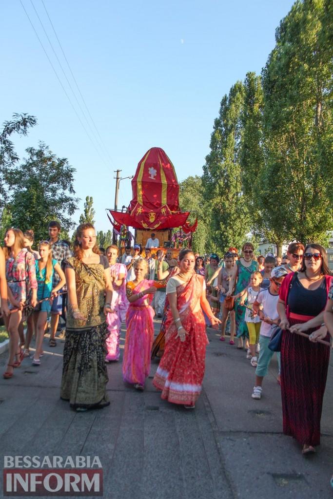 IMG_0597-683x1024 В Измаиле состоялся фестиваль индийской культуры Ратха-Ятра (фото, видео)