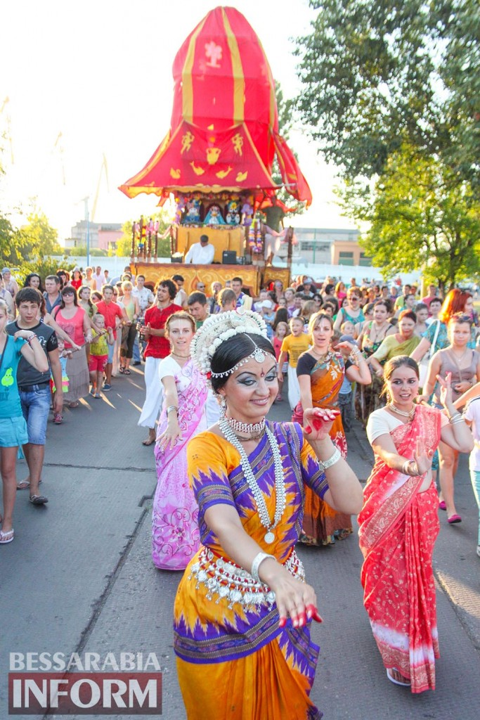 IMG_0701-683x1024 В Измаиле состоялся фестиваль индийской культуры Ратха-Ятра (фото, видео)