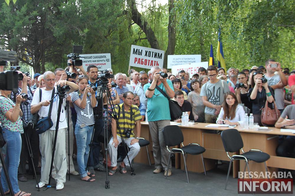 IMG_11271 Михаил Саакашвили посетил Измаил и выслушал наболевшие проблемы жителей города и района (фото)