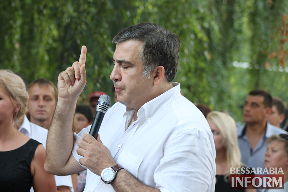 IMG_11841 Михаил Саакашвили посетил Измаил и выслушал наболевшие проблемы жителей города и района (фото)