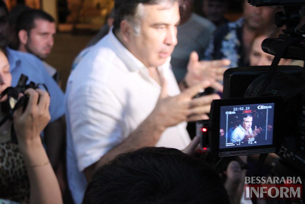 IMG_1430 Михаил Саакашвили посетил Измаил и выслушал наболевшие проблемы жителей города и района (фото)