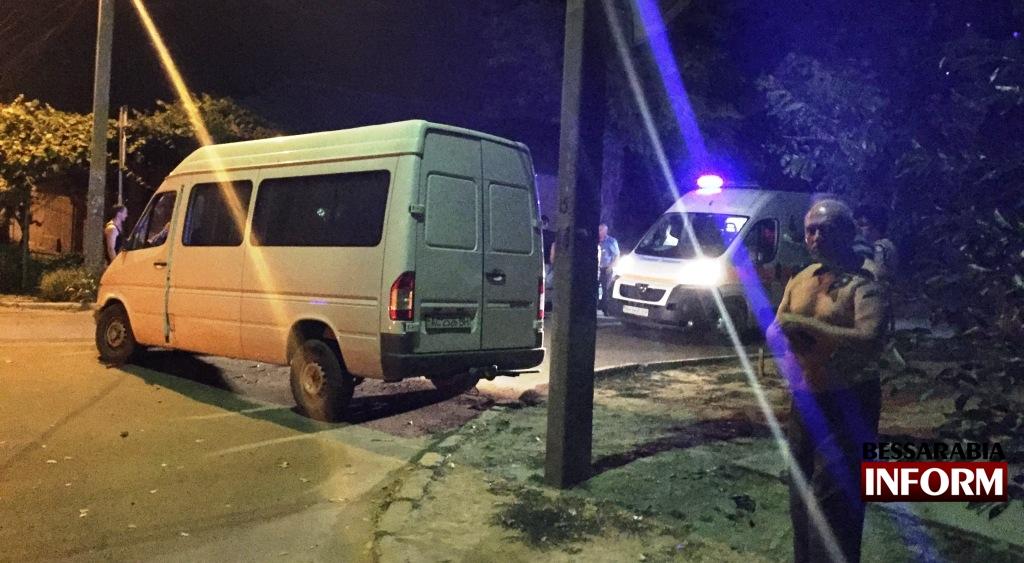 IMG_2365 Вечернее ДТП в Измаиле - нетрезвый водитель протаранил дом (фото, видео)