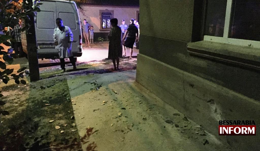 IMG_2366 Вечернее ДТП в Измаиле - нетрезвый водитель протаранил дом (фото, видео)