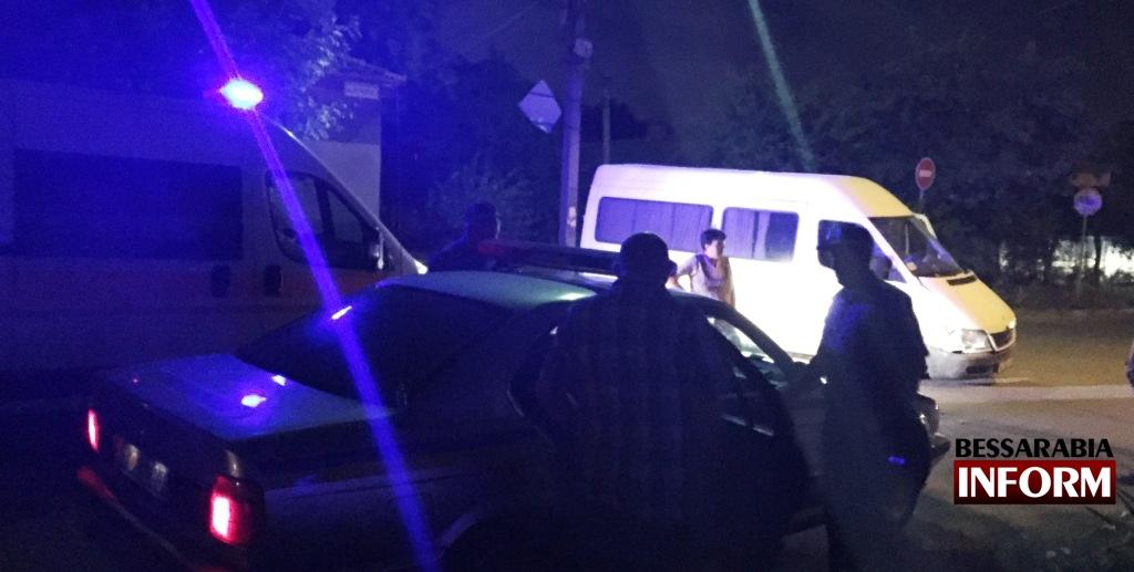 IMG_2372 Вечернее ДТП в Измаиле - нетрезвый водитель протаранил дом (фото, видео)