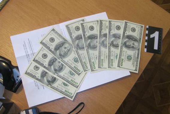 PM243image002 В Бессарабии поймали на взятке очередного коррупционера