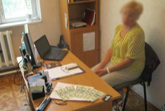 В Бессарабии поймали на взятке очередного коррупционера