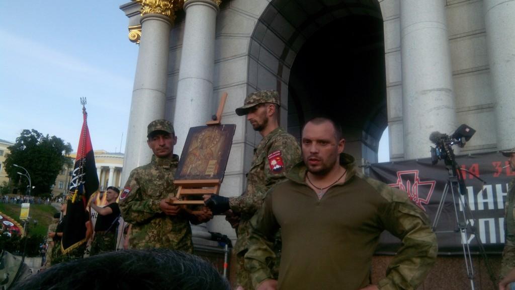 "img_20150721_192322-1024x576 Подробности митинга ""Правого сектора"" на Майдане: ""новый этап революции"" от Яроша (фото)"