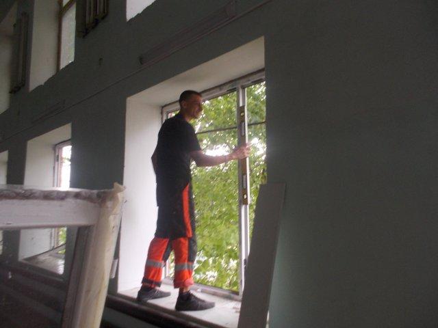 suvorove В школах Измаильского района меняют окна (фото)