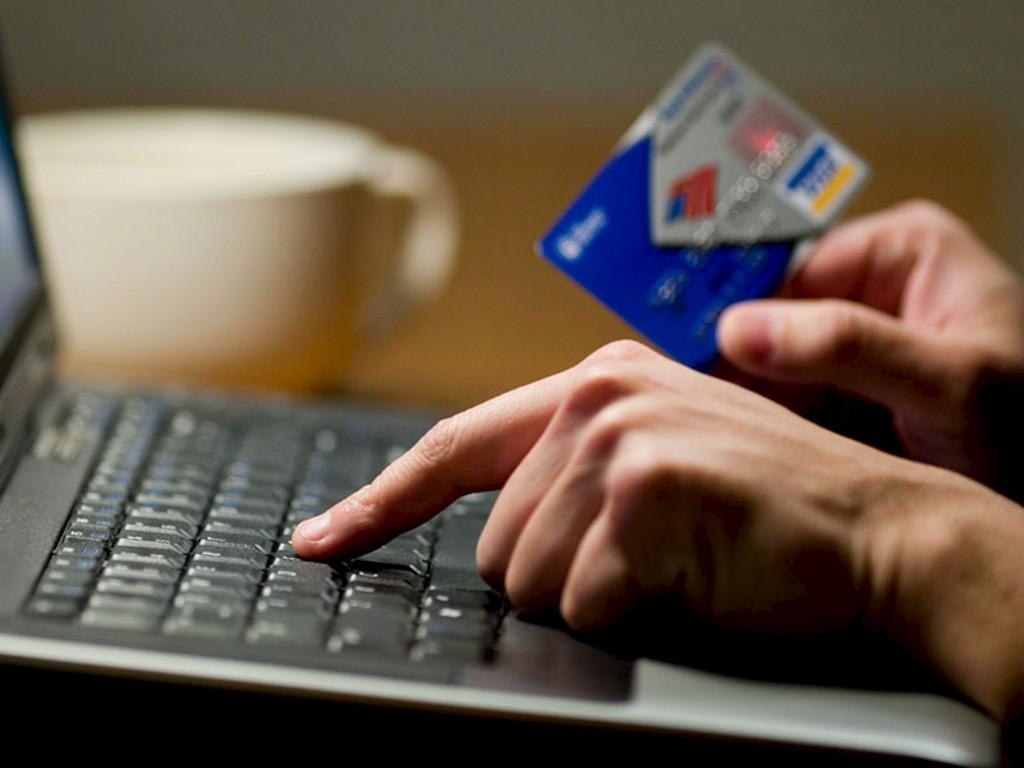 интернет-мошенники-1024x768 Как мошенники разводят украинцев в соцсетях