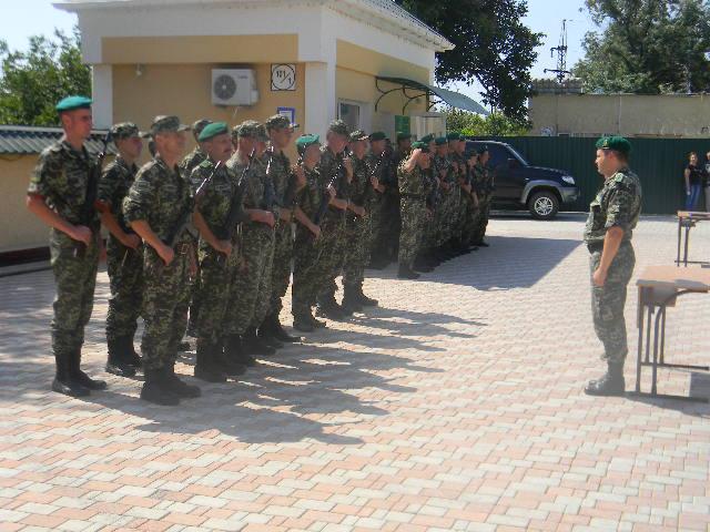 присяга В Измаильском погранотряде военнослужащие присягнули на верность народу Украины