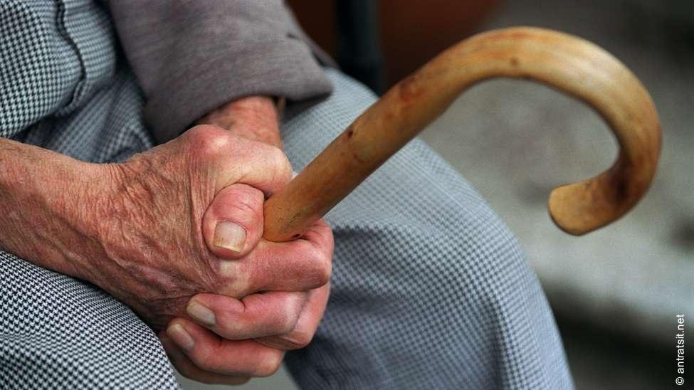 В Аккермане злоумышленники ограбили 88-летнего мужчину