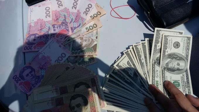 1438864458_3143 В Одессе чиновник присвоил 38 млн гривен госсредств для финансирования боевиков