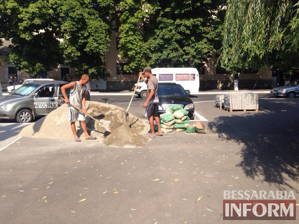 6h0PHy9SIl4 В Измаиле продолжают благоустраивать площадь Победы (фото)