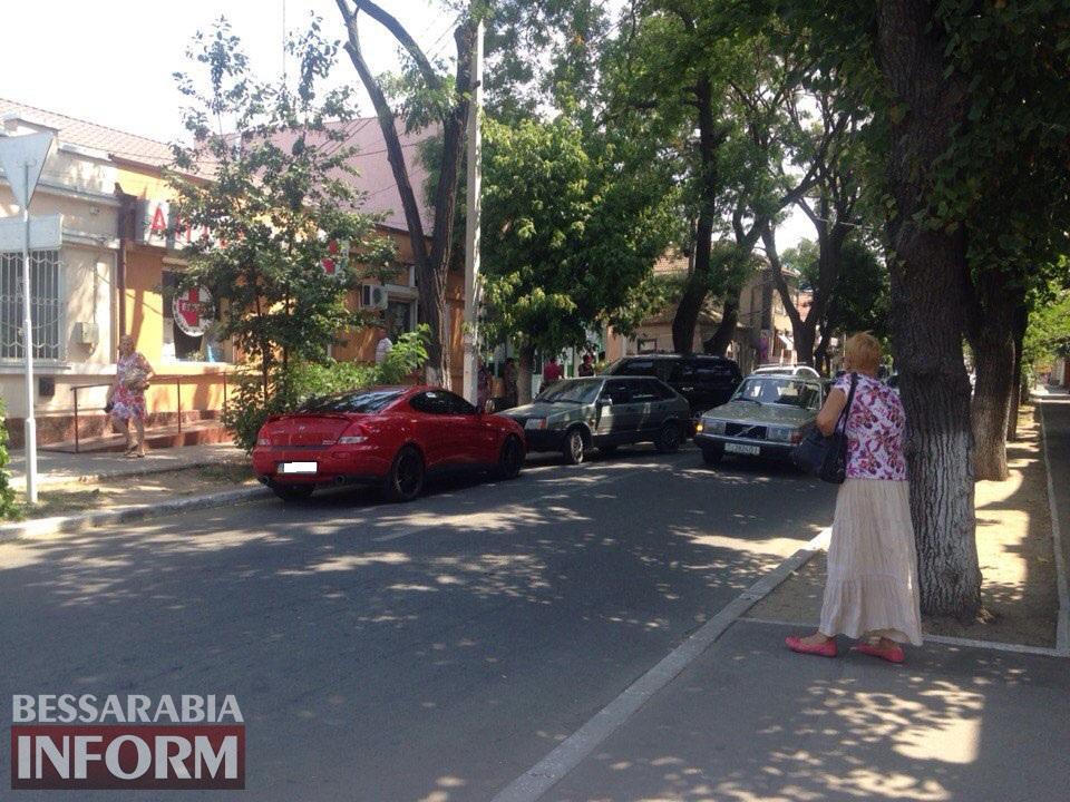 Измаил: Hyundai Coupe в рубрике «Я паркуюсь как …..»