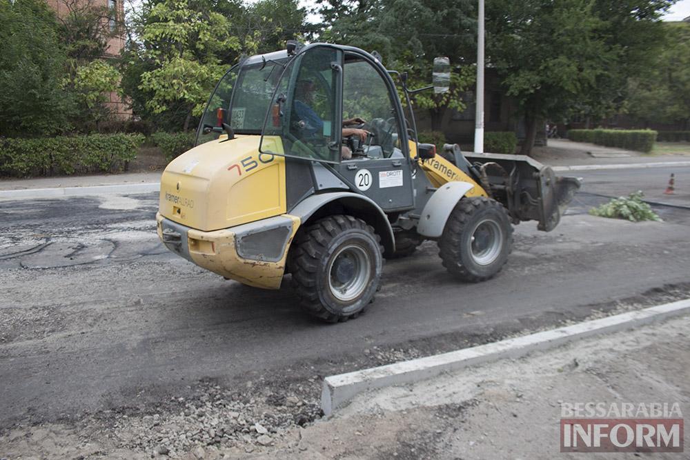 IMG_2925 В Измаиле полным ходом идет ремонт улицы Шевченко (фото)