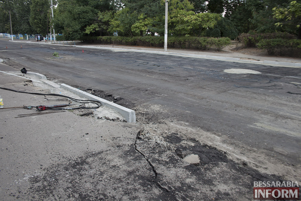 IMG_2927 В Измаиле полным ходом идет ремонт улицы Шевченко (фото)