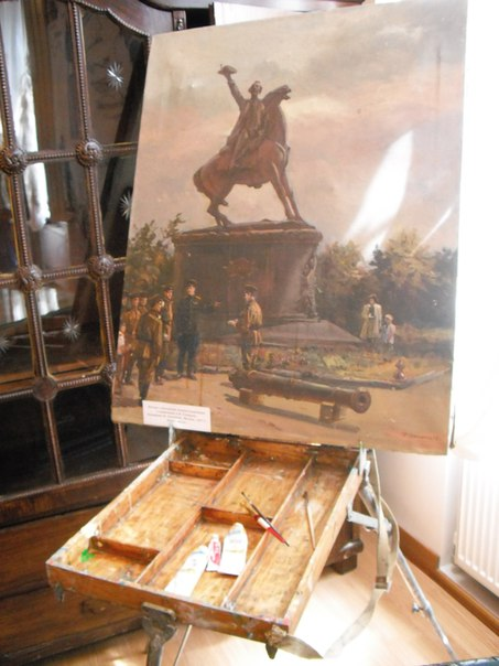 eYX4EFXISMY В Измаиле открылась выставка, посвященная 70-летию установки памятника А.В Суворову