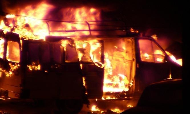image12405822_9e5a4ea8c53e33e63b16d53047292782 В Белгород-Днестровском районе пожар уничтожил дом и авто