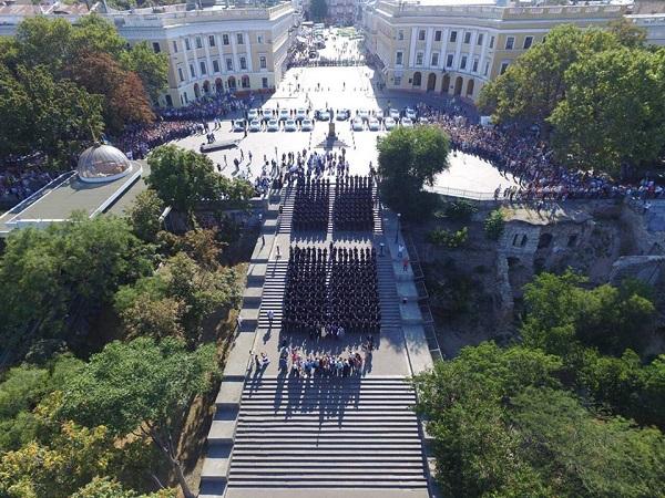 В Одессе новая патрульная полиция приняла присягу (фото)