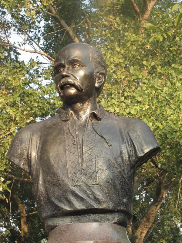 Завтра в Татарбунарах пройдет открытие памятника Тарасу Шевченко