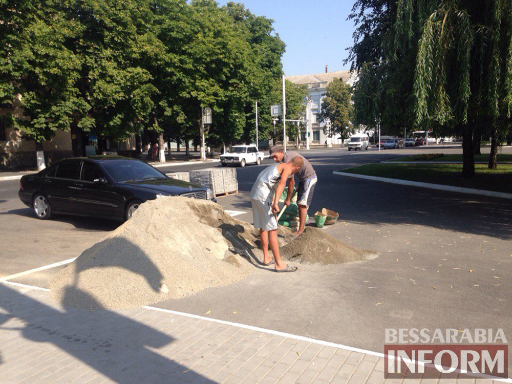 tZHrmkXkz00 В Измаиле продолжают благоустраивать площадь Победы (фото)