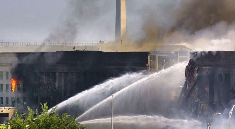1658-800x440 Сегодня вспоминают жертв теракта 11 сентября (фото)