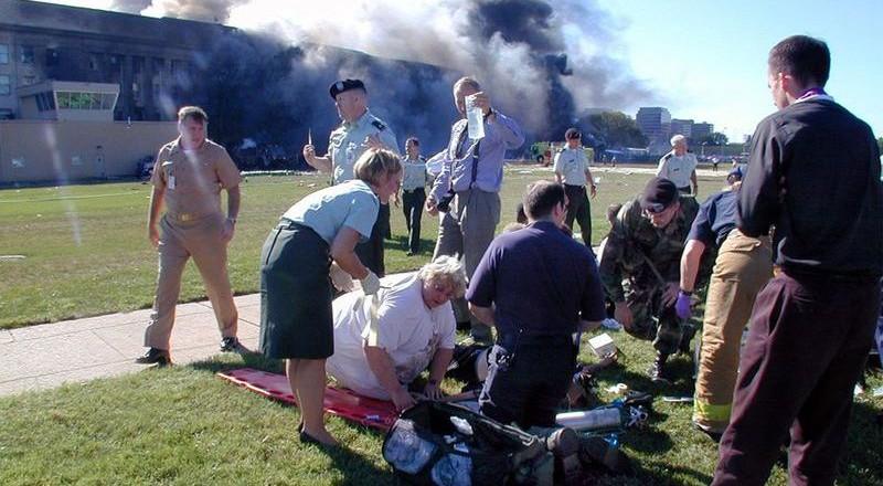 1756-800x440 Сегодня вспоминают жертв теракта 11 сентября (фото)
