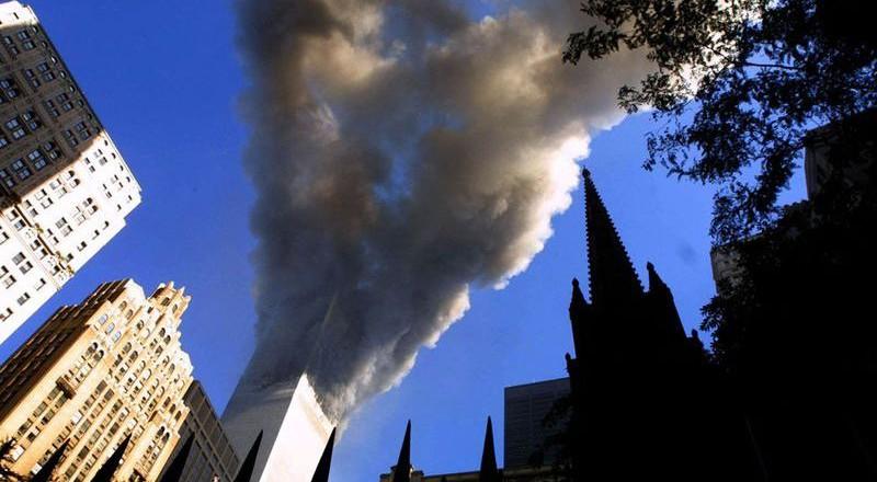 1951-800x440 Сегодня вспоминают жертв теракта 11 сентября (фото)