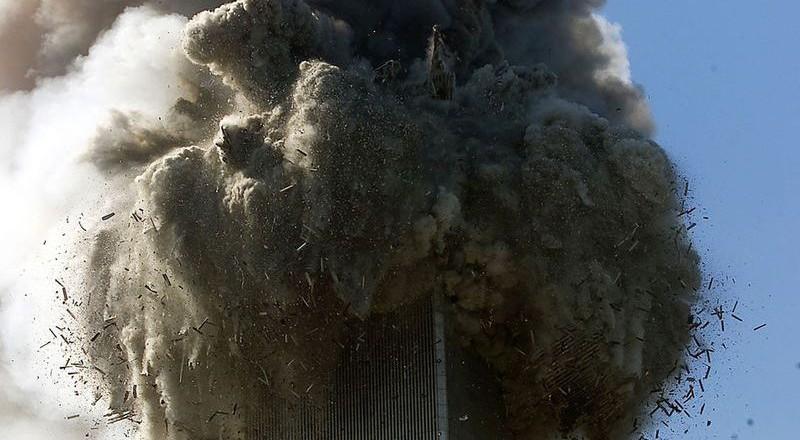 2834-800x440 Сегодня вспоминают жертв теракта 11 сентября (фото)