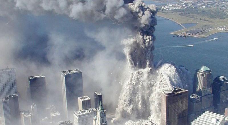 2933-800x440 Сегодня вспоминают жертв теракта 11 сентября (фото)