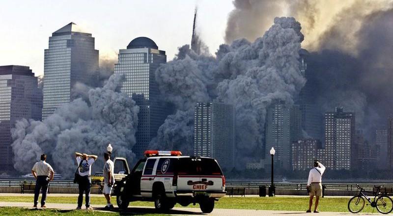 3330-800x440 Сегодня вспоминают жертв теракта 11 сентября (фото)