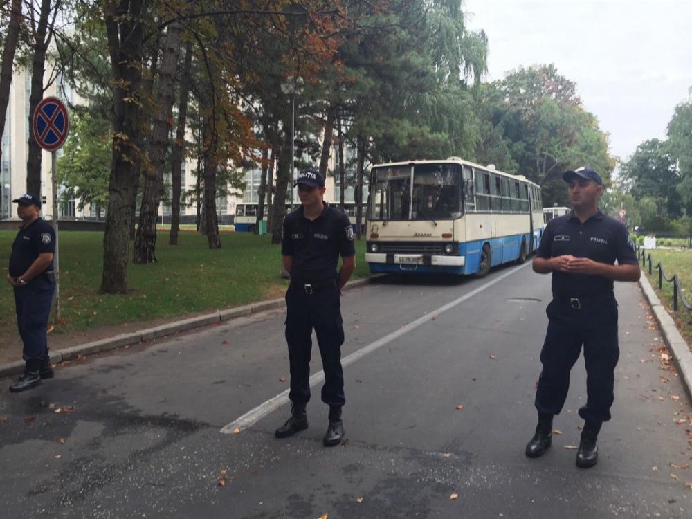 645939_3_w_1000 В центре Кишинева собрался 100-тысячный антиправительственный митинг