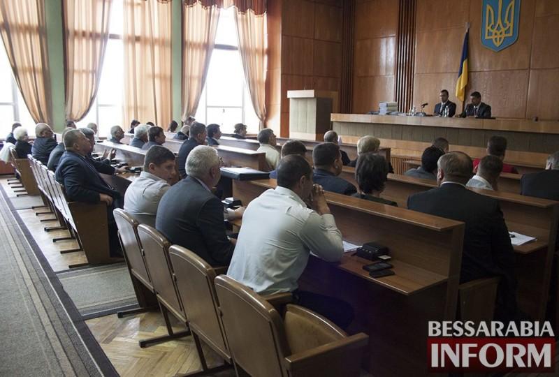 8zvJrBt5WQM-800x540 Последняя сессия Измаильского городского совета: комплименты и реверансы