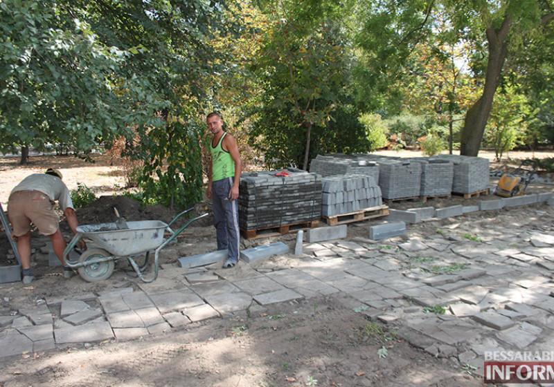IMG_5622-800x560 Завершающий этап ремонта центрального фонтана в Измаиле стартовал (фото)