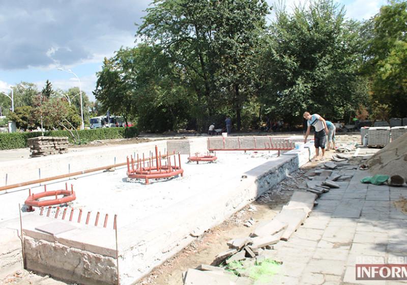 IMG_5633-800x560 Завершающий этап ремонта центрального фонтана в Измаиле стартовал (фото)