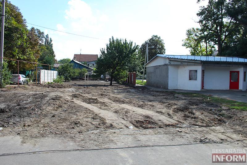 """IMG_6017 В центре Измаила снесли """"дом-туалет"""" (фото)"""