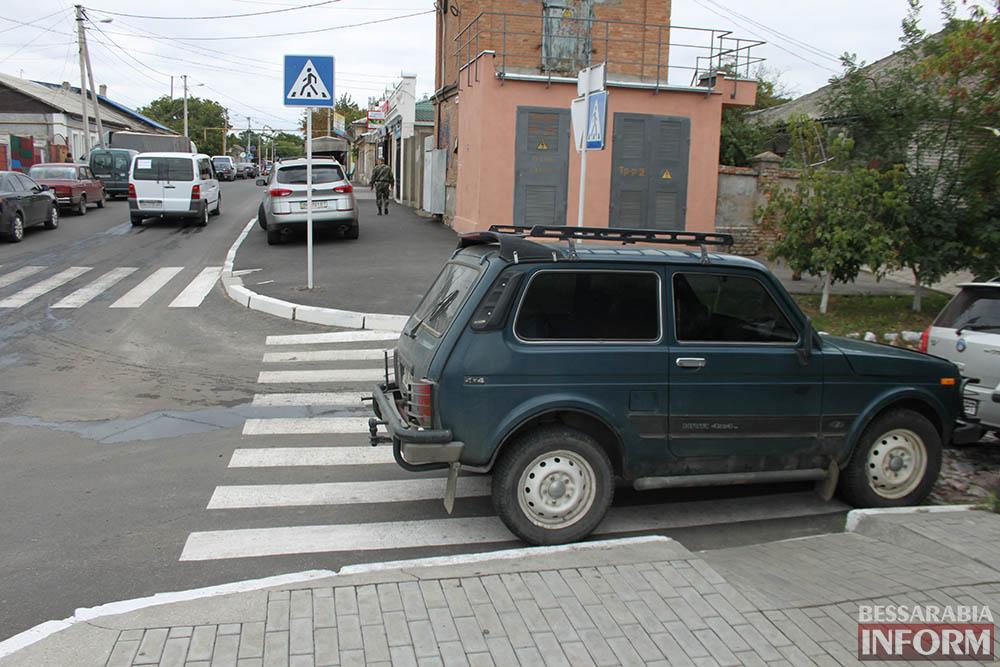 """IMG_7002 Измаил: Нива в рубрике """"Я паркуюсь как........"""""""