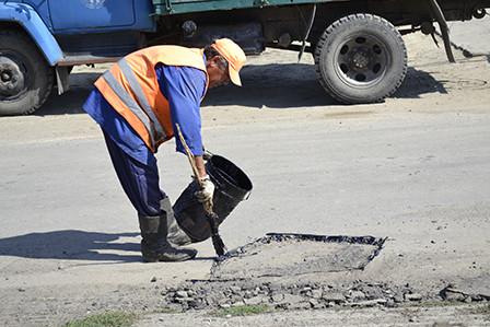 bg-448x299 Болградские дороги ремонтируются за счет сбора средств местного населения