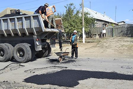 bg3-448x299 Болградские дороги ремонтируются за счет сбора средств местного населения