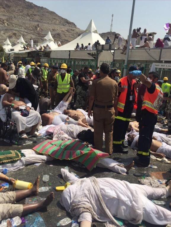 В давке под Меккой погибло более 700 человек