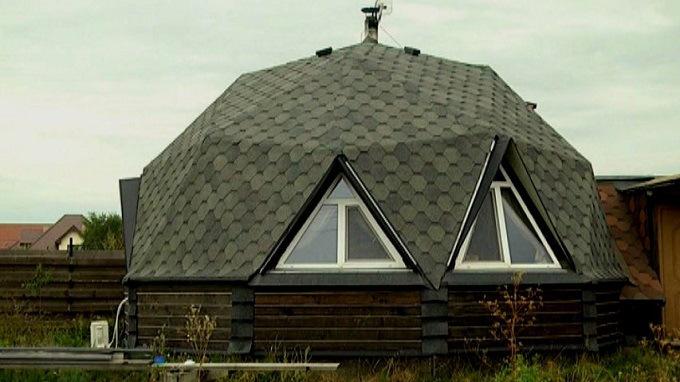 dom-1 Украинец построил энергоэффективный жилой дом стоимостью $7 тысяч