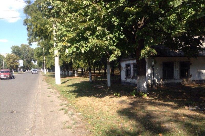 """eEDWplZfI0k В центре Измаила снесли """"дом-туалет"""" (фото)"""