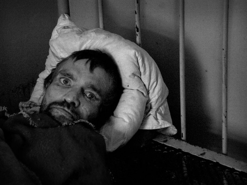 f15-800x600 Измаильский фотограф всколыхнул мировую общественность своми работами о психиатрической больнице