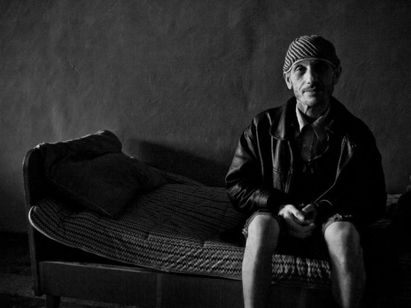 f4-800x600 Измаильский фотограф всколыхнул мировую общественность своми работами о психиатрической больнице