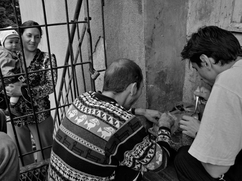 f6-800x600 Измаильский фотограф всколыхнул мировую общественность своми работами о психиатрической больнице