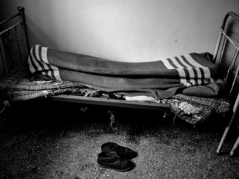 f7-800x600 Измаильский фотограф всколыхнул мировую общественность своми работами о психиатрической больнице